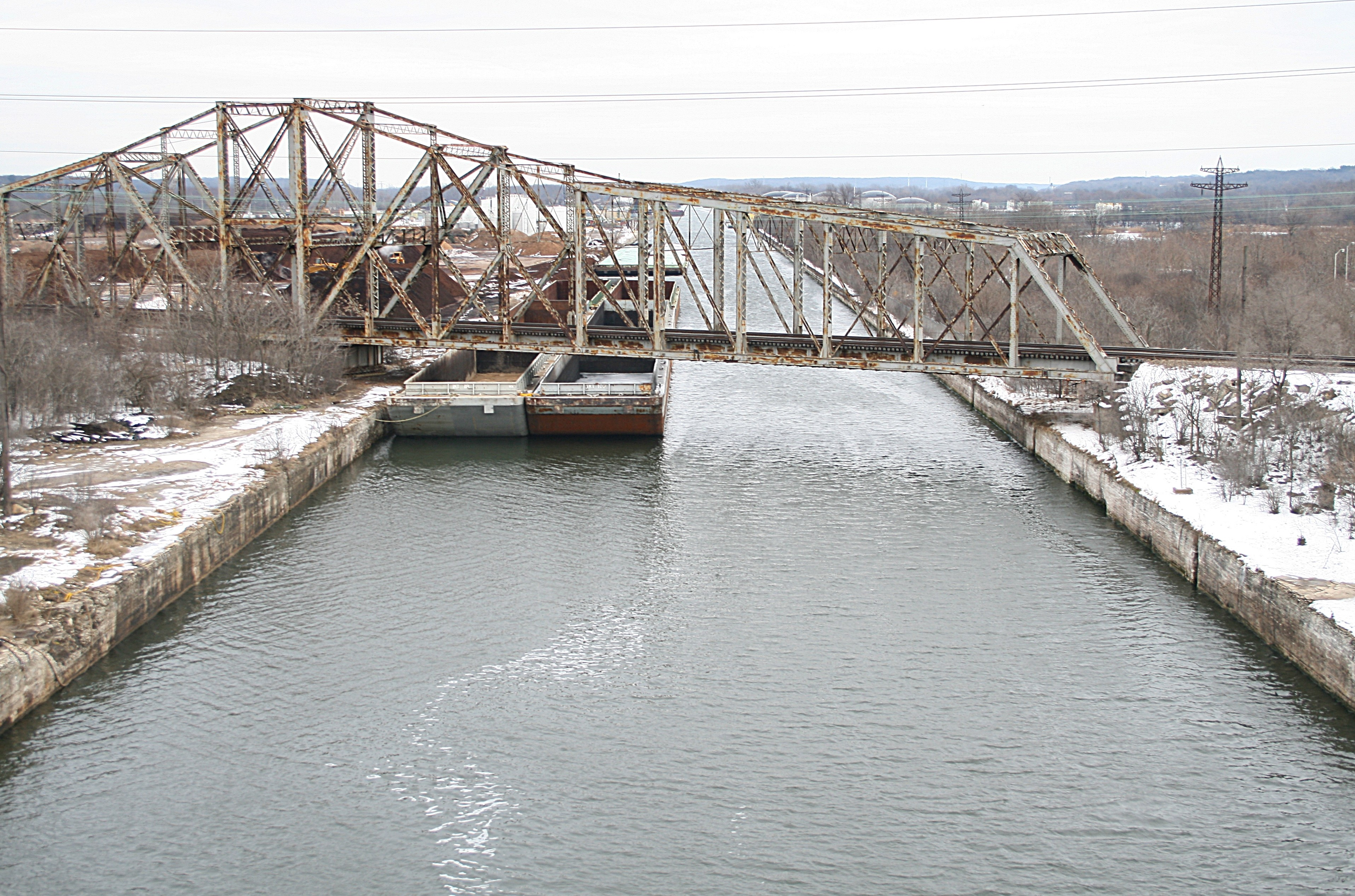 Chicago_Sanitary_and_Ship_Canal-2010-01-23-1